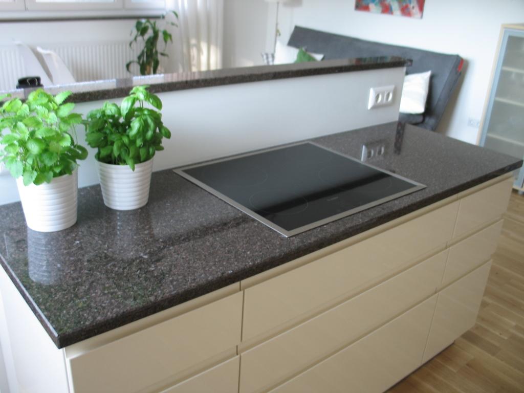 Naturstein Küchenarbeitsfläche Imperal brown poliert