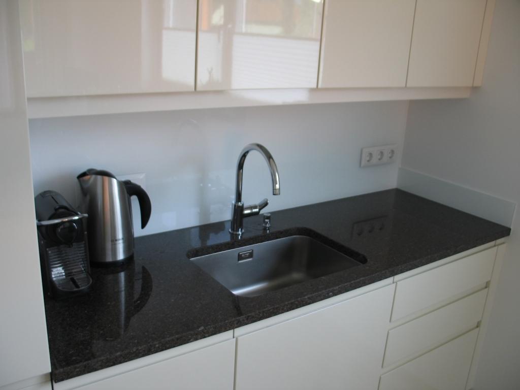 Küchenarbeitsplatte aus Naturstein